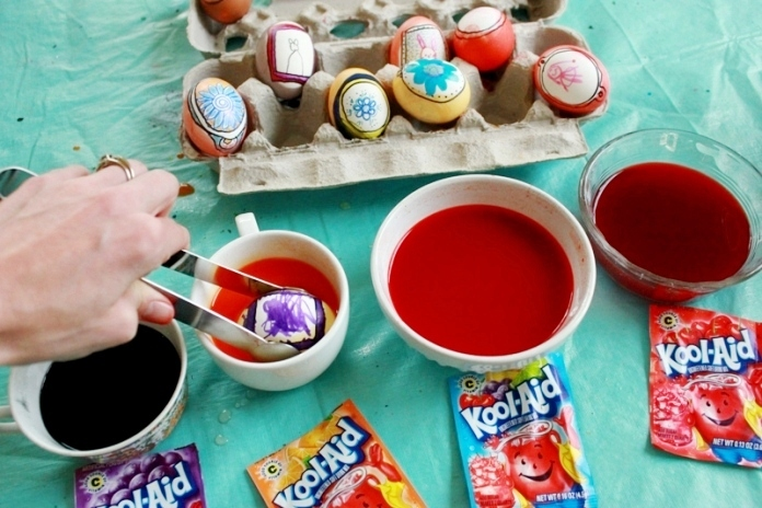 Easter Eggs Drawing in Frames 45