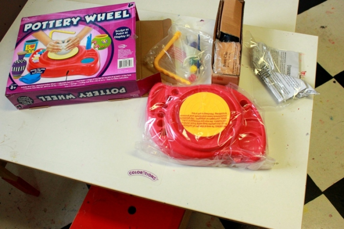 Pottery Wheel for Kids Clay 01