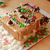 Some Christmas Making Baking and Experimenting (gingerbread houses)